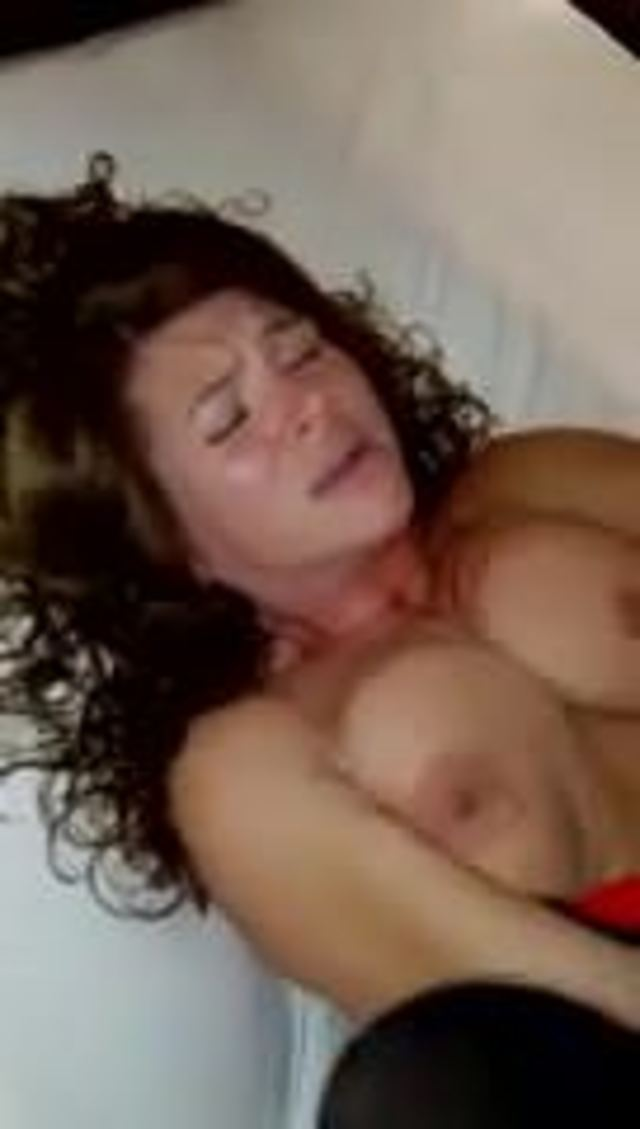 Mature wife cums on first new cock