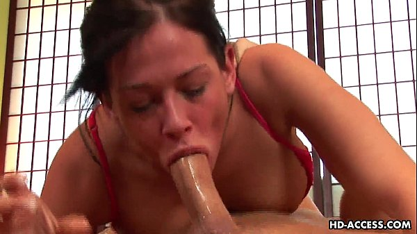 thick milf amateur gets nude
